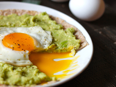 Avocado & Egg Pizza